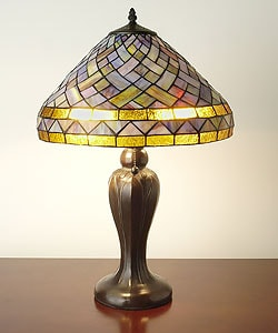 Tiffany-style Geometric Table Lamp