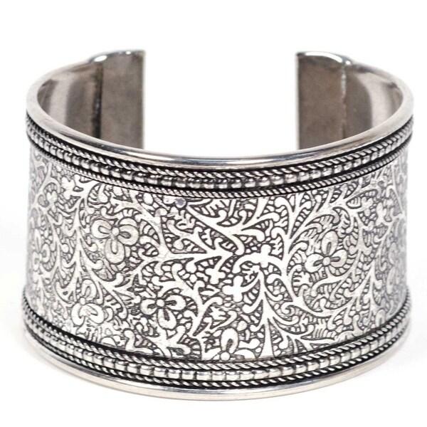 Handmade Metal Impression Cuff Bracelet (India) 34374790