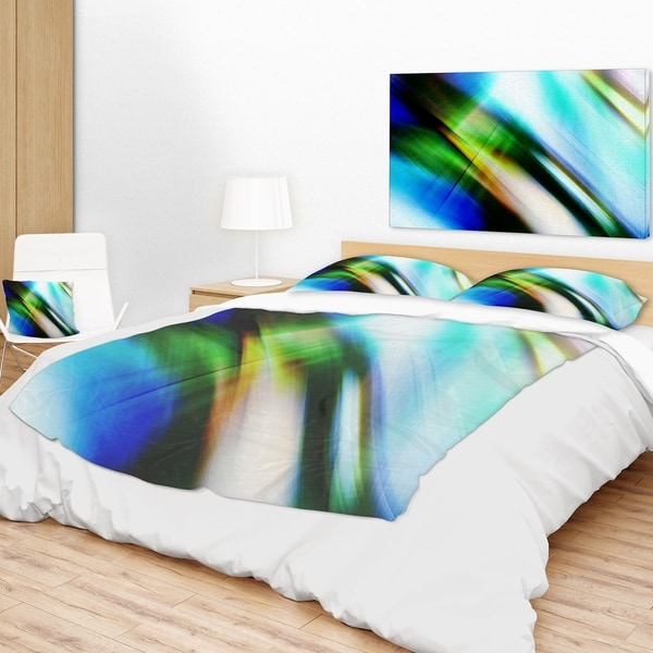 Designart 'Rays of Speed Blue Green' Abstract Throw Blanket 34703789