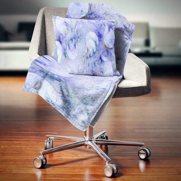 Designart 'Light Blue Fractal Glass Texture' Abstract Throw Blanket 34735234