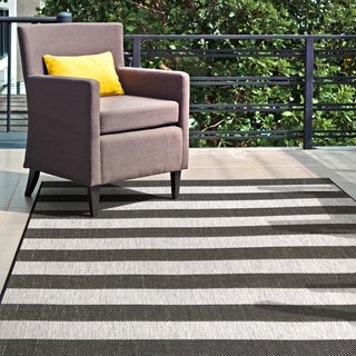 nuLOOM Indoor/Outdoor Casual Chevron Stripes Area Rug