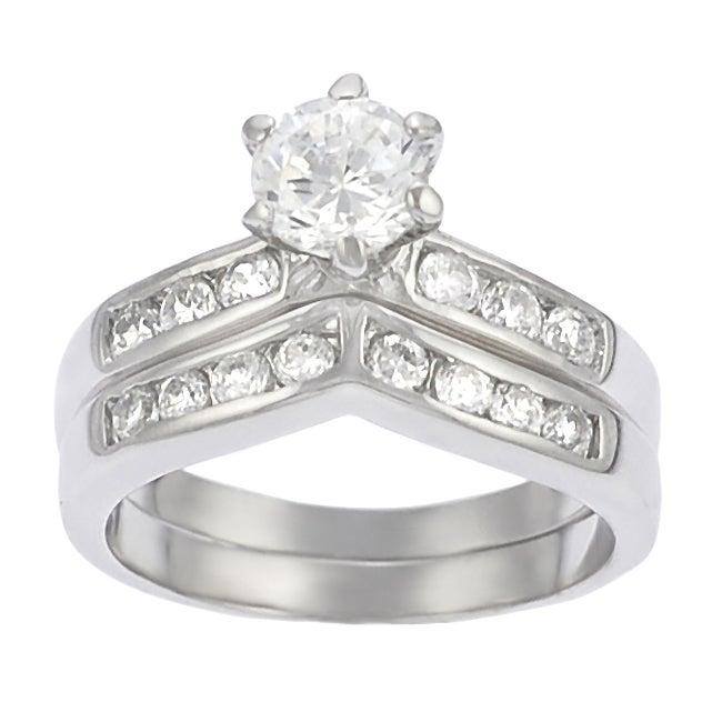 Journee Sterling Silver Bridal Style V-Shape CZ Ring Set