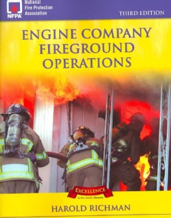 Engine Company Fireground Operations (Paperback)