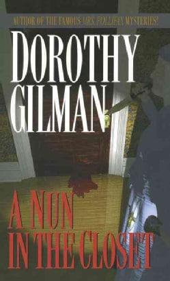 A Nun in the Closet (Paperback)