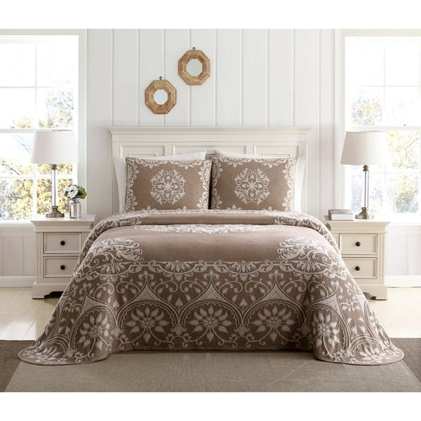 Richland Chenille Solid Bedspread