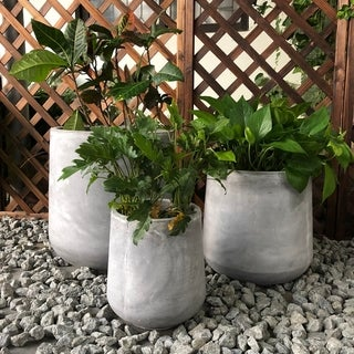 Durx-litecrete Lightweight Concrete Footed Tulip Light Grey Planter Set of 3: 16.5x16.5x17.3, 13x13x13.4, 9.4x9.4x10.6in
