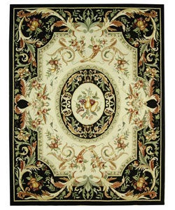 Hand-hooked Fruit Harvest Black Wool Rug (7'9 x 9'9)