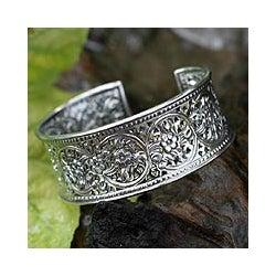 Handmade Jasmine Arabesque Bracelet (Thailand)