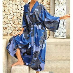 Through the Seas Women's Batik Robe (Indonesia)