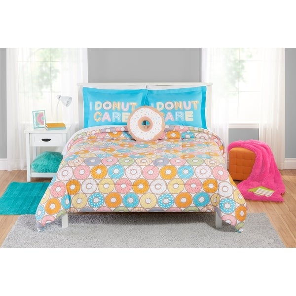 Donut comforter & sham set with decorative pillow