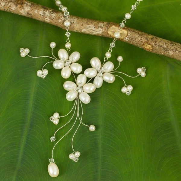 Pearl and Crystal Bouquet of Pearls Choker (Thailand)