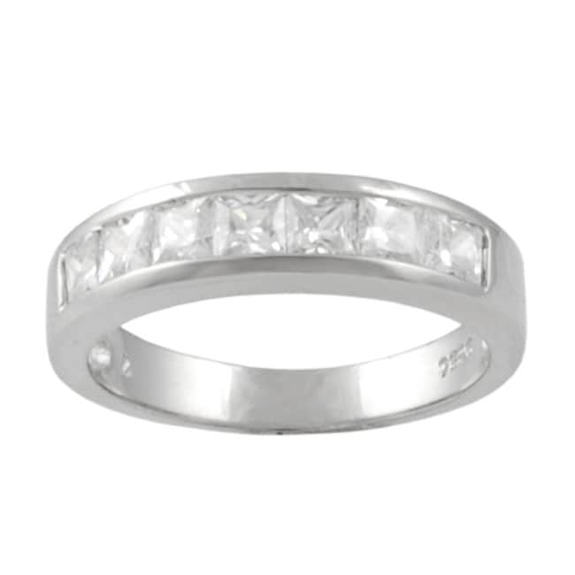 Journee Collection Sterling Silver Princess-cut Cubic Zirconia Ring