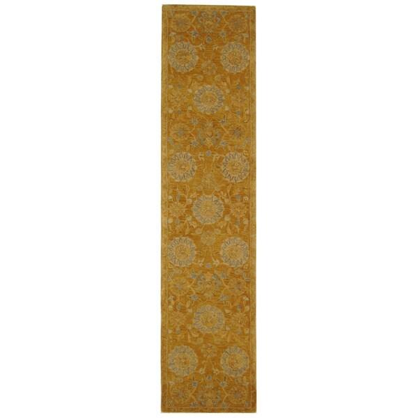Safavieh Handmade Medallions Gold Wool Runner (2'3 x 10')