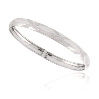 Mondevio Sterling Silver Tarnish-free-plating High-polish Diamond-cut Bangle