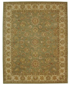 Handmade Antiquities Gem Green Wool Rug (9'6 x 13'6)