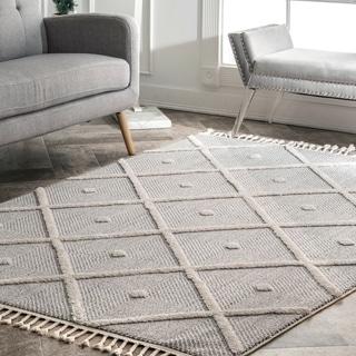 nuLOOM Casual Geometric Tiles Tassel Quentin Area Rug