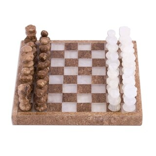 Handmade Ivory Challenge Onyx and Marble Mini Chess Set (Mexico)