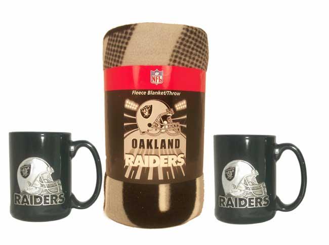 Oakland Raiders Winter Bundle: Mugs and Fleece