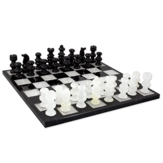 Classic Hand Carved Black and White Onyx and Marble Game Suitable for Boys Girls or Family Decorative Game Chess Set (Mexico)