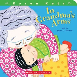 In Grandma's Arms (Board book)