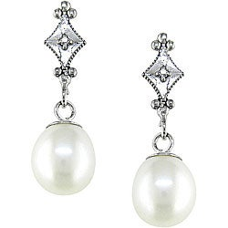 Miadora 10k White Gold FW Pearl and Diamond Accent Drop Earrings (6.5-7mm)