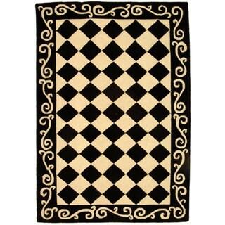 Hand-hooked Diamond Black/ Ivory Wool Rug (3'9 x 5'9)