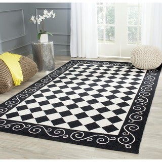 Safavieh Hand-hooked Diamond Black/ Ivory Wool Rug (7'9 x 9'9)