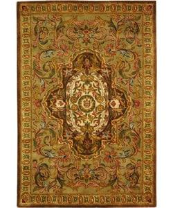Safavieh Handmade Classic Royal Beige/ Olive Wool Rug (3' x 5')