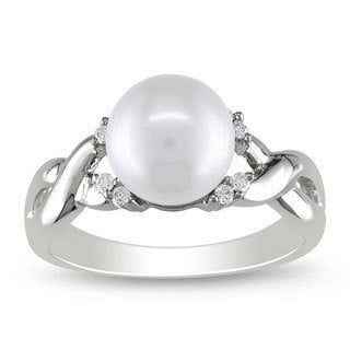 Miadora 10k White Gold FW Pearl and 1/10ct TDW Diamond Ring (7 mm) (H-J, I2-I3)