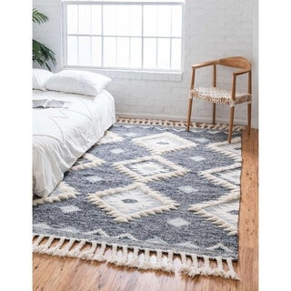 Porch & Den Pitic Textured Diamond Area Rug