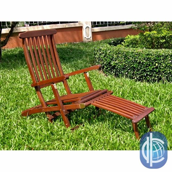 International Caravan Acacia Steamer Deck Lounge Chair