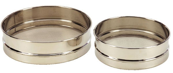 Stainless Steel Baking Sieve (Set of 2)