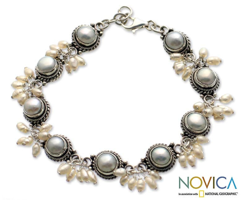 Sterling Silver 'Moons and Shooting Stars' Pearl Bracelet (Indonesia)