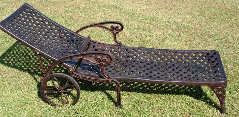 Nassau bronze cast aluminum chaise lounge 10374937 for Chaise youtubeur