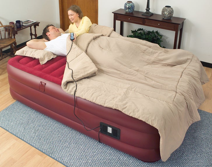 Air Cloud Raised Queen-size Air Bed with Remote