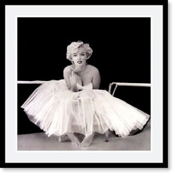 Milton H. Greene 'Marilyn Monroe' Framed Art Print