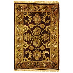 Handmade Classic Regal Burgundy/ Gold Wool Rug (3' x 5')