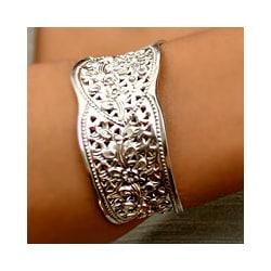 Sterling Silver 'Frangipani Princess' Bracelet (Thailand)