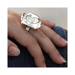 Sterling Silver 'Exotic Rose' Ring (Thailand)