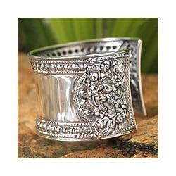 Sterling Silver Bracelet 'Jasmine Lake' (Thailand)