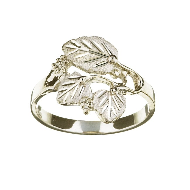 Black Hills Silver Women's Leaf Cutout Ring