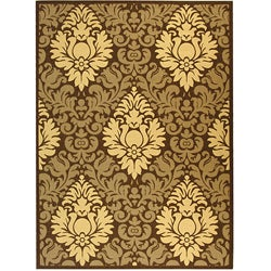 Indoor/ Outdoor Crescent Chocolate/ Natural Rug (6'7 x 9'6)