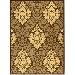 Indoor/ Outdoor Crescent Chocolate/ Natural Rug (7'10 x 11')