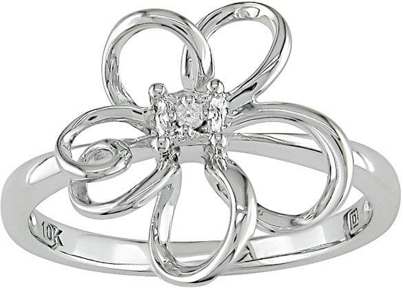 Miadora 10k White Gold Diamond Flower Ring (H-I, I1-I2)