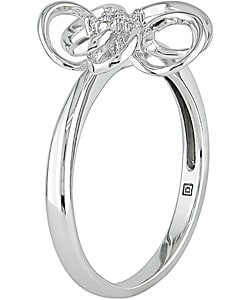 Miadora 10k White Gold Diamond Flower Ring (H-I, I1-I2)