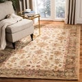Handmade Heirloom Ivory/ Light Green Wool Rug (8&#39; x 10&#39;)