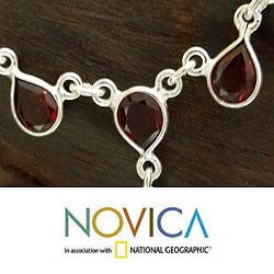 'Scarlet Droplets' Garnet Necklace (India)