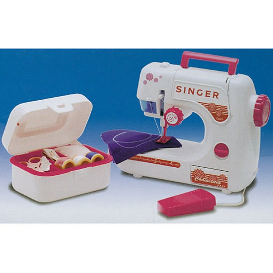 Singer Lightweight Battery-operated Chainstitch Sewing Machine