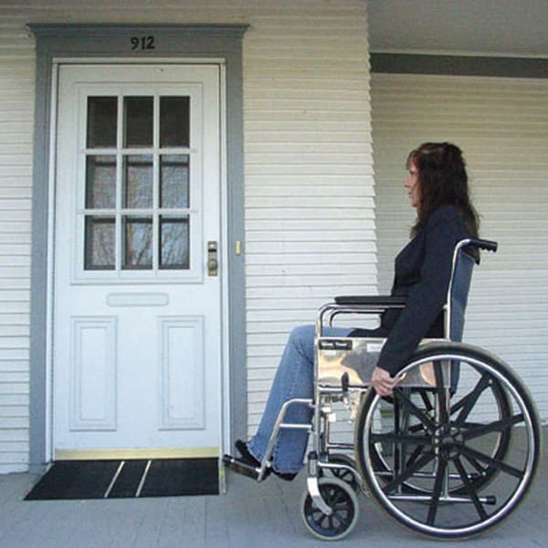Self-supporting 2.5-inch Threshold/ Wheelchair Ramp