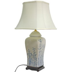 26-inch Foliage Vase Lamp (China)